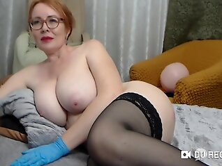 mature tittied ivetta